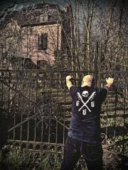 CHOTZÄ - Tüüfuswärk T-Shirt Size XL
